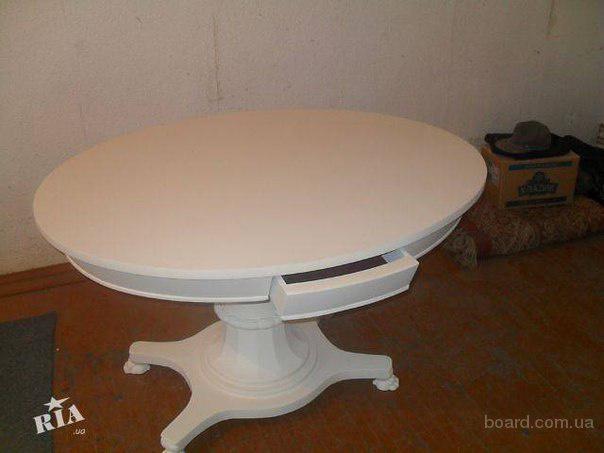 Продам старинный овальный стол конца 19 века.