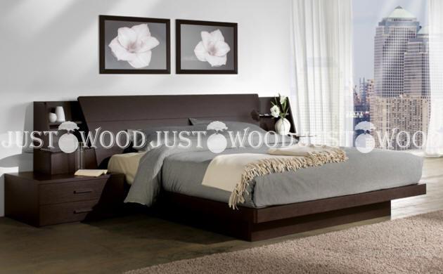 Двуспальная кровать Дакота из натурального дерева