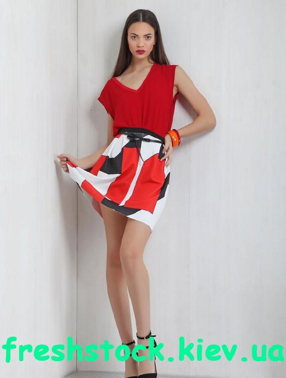 Модная стоковая одежда Everis и Mivite!