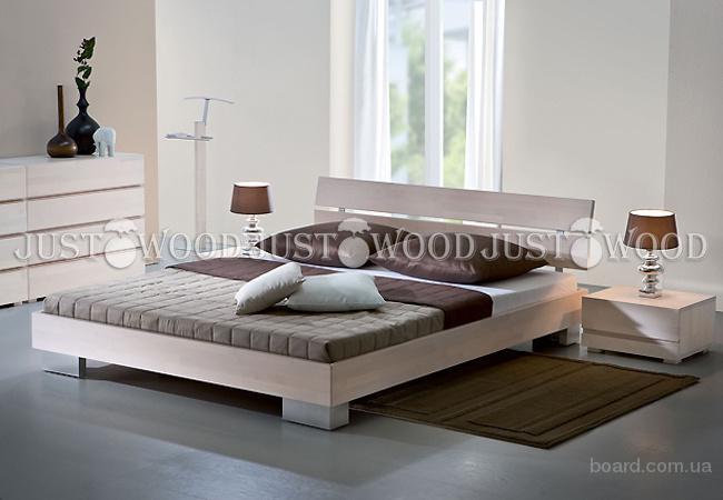 Двуспальная кровать Голден из натурального дерева