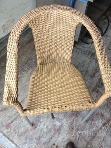 Продам ротанговые кресла б/у. Недорого