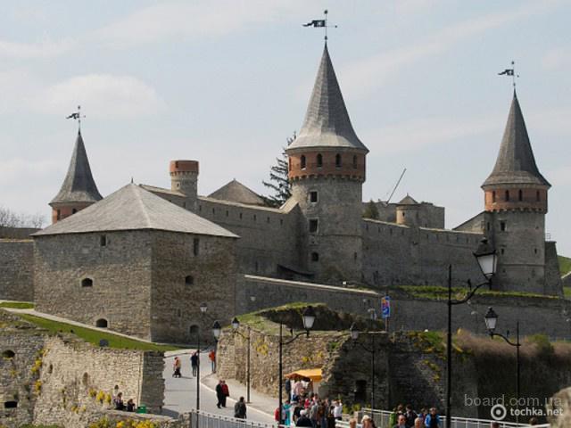 туры на майские в Каменец Подольский, Черновцы, Хотинская крепость, автобусный тур из Киева Каменец-Подольский май