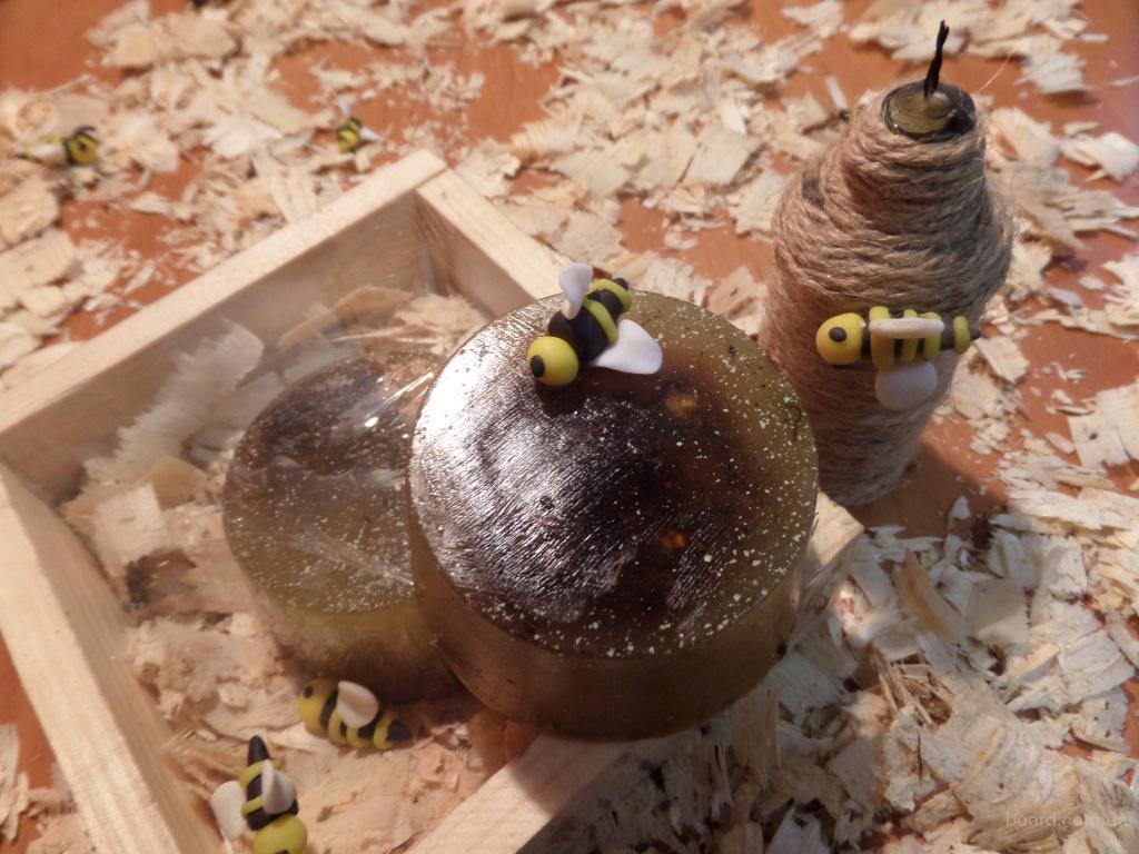 Натуральное медовое мыло с ромашкой и глицерином