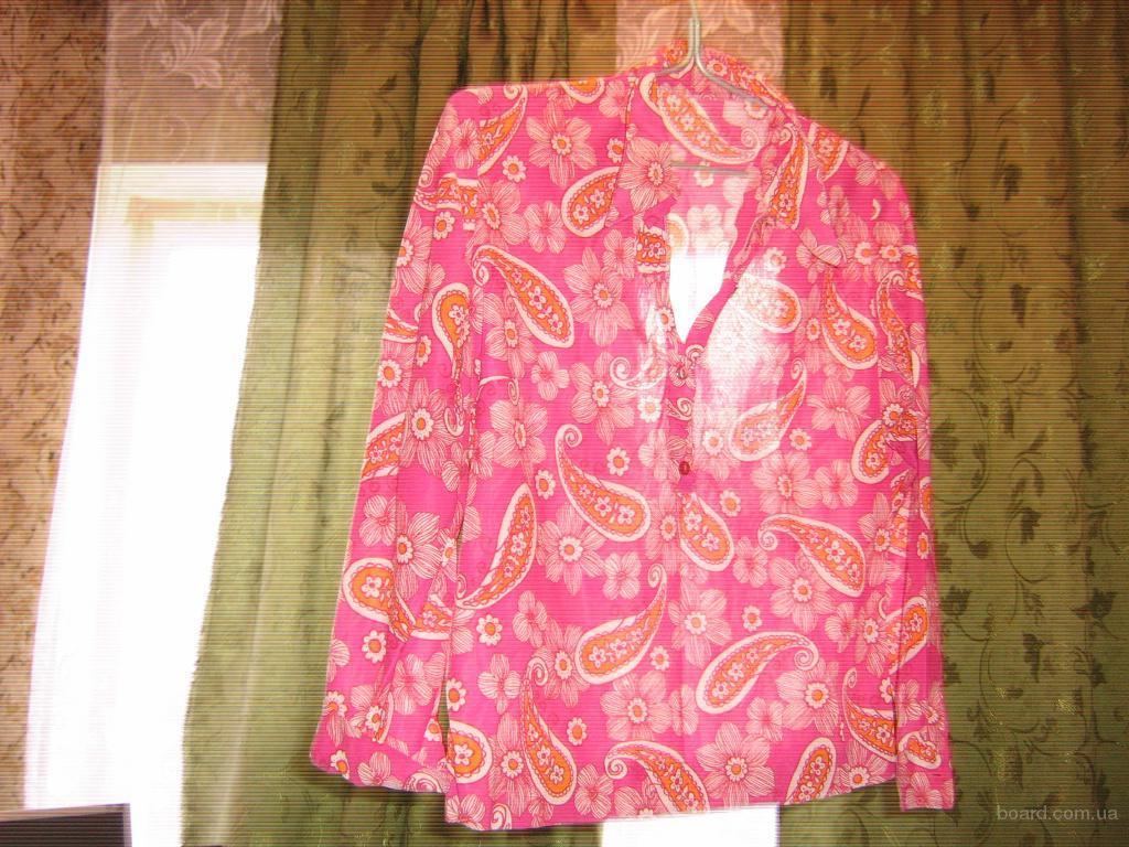 Женская блузка с расцветкой «турецкий огурец»