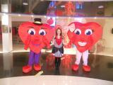 Оригинально подарить подарок поможет Ростовая кукла Сердце!