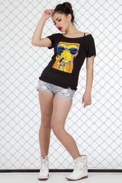 Туники и футболки Street Style с модными принтами