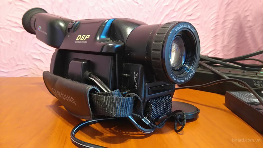Кассетная видеокамера SAMSUNG VP-J55 8mm В рабочем состоянии!