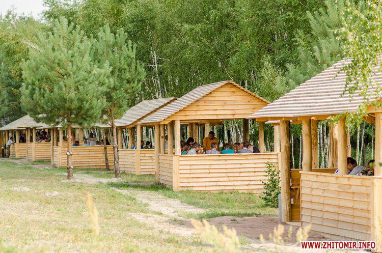 База отдыха «Добростан»: аренда беседок в Житомире