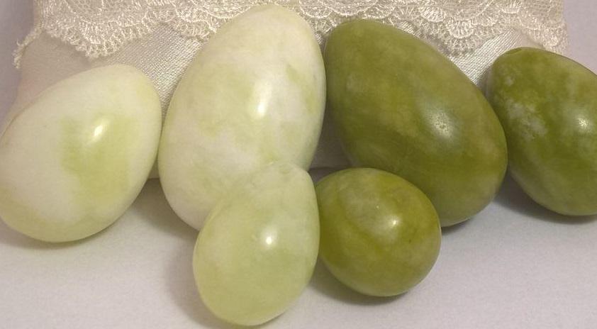 Настоящие нефритовые яйца 3шт. (есть экспертиза) вумбилдинг/имбилдинг