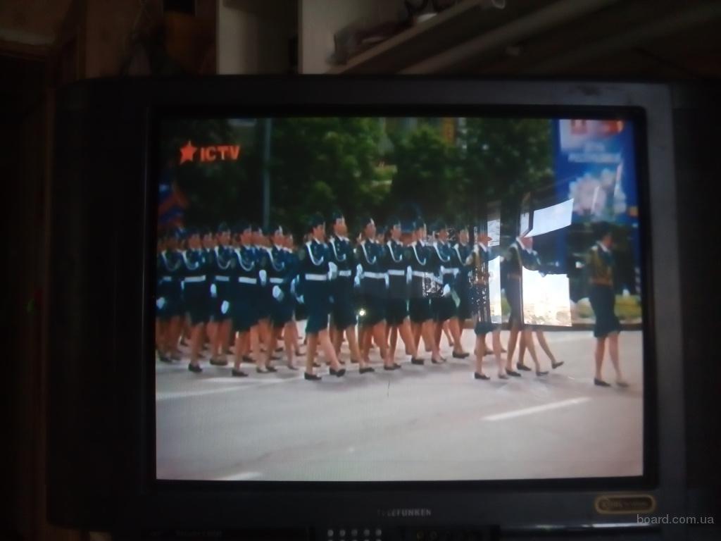 Продается телевизор Telefunken 72 см диагональ, 100 герц