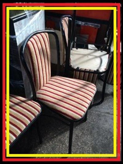 Стул металлический б/у с мягким полосатым сидением для ресторана кафе бара кофейни офиса дома