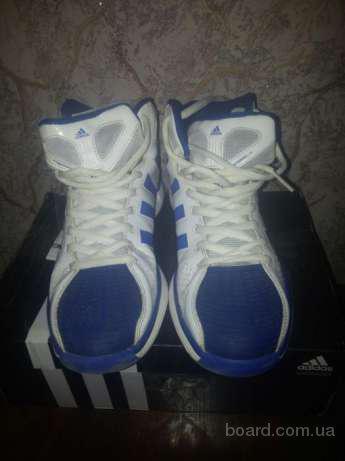 Красовки Adidas G22885.