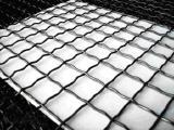 Канилированная сетка с квадратными ячейками изготавливается из рифленой проволоки в соответствии с ГОСТ 3306-88.