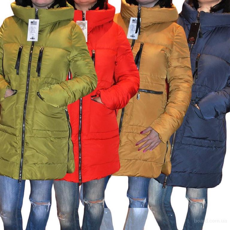 Зимние женские пуховики, Америка