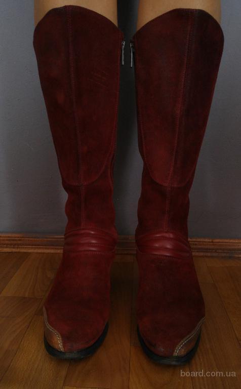 Демисезонные сапоги фирмы Costume National