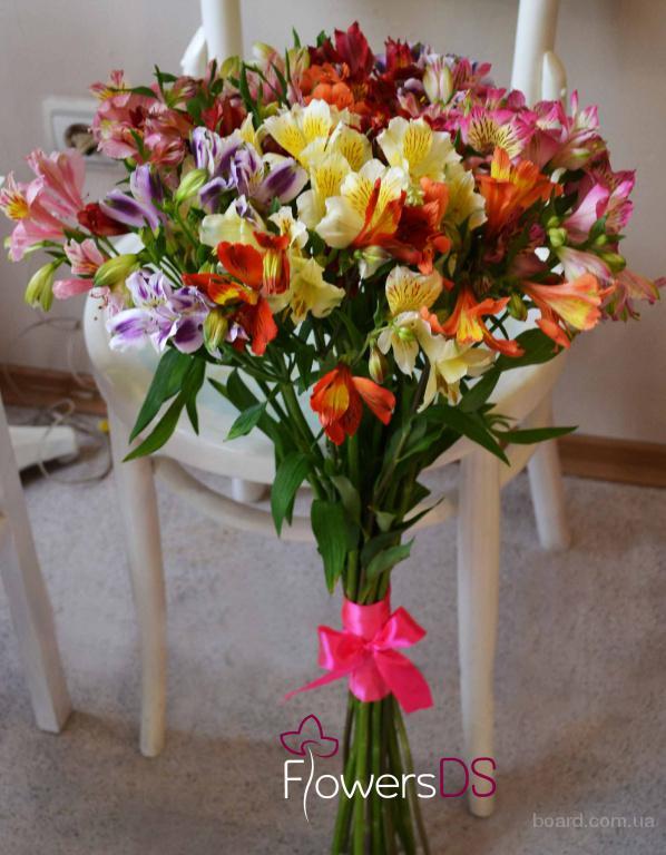 Доставка цветов и подарков FlowersDS