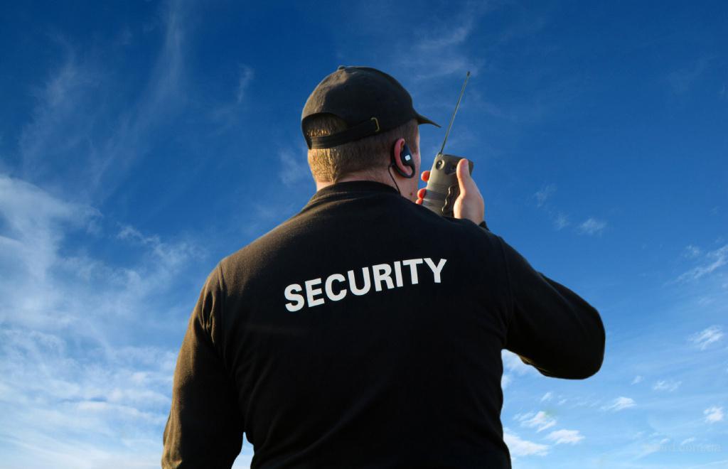 Фізична  охорона  об'єктів усіх категорій: магазини, офіси, дачі, склади