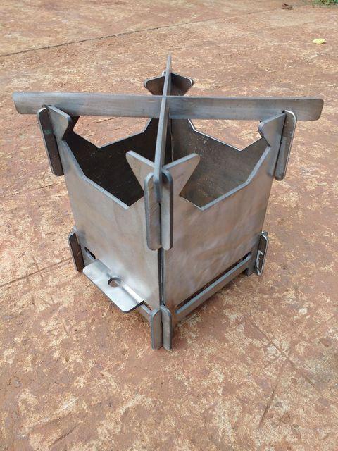 Походная туристическая раскладная мини-печь, мини-мангал Щепочница