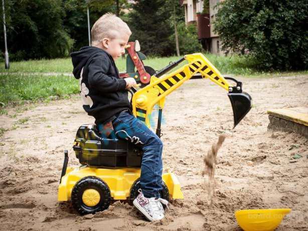 Большой детский экскаватор со шлемом Польша