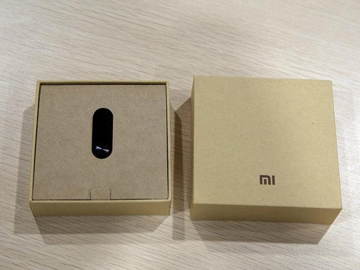 Фитнеc браслет трекер Xiaomi Mi Band 2 [в наличии]