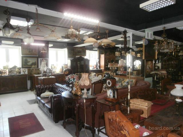 Продаю антикварные мебель, люстры, часы, фарфор. Польша