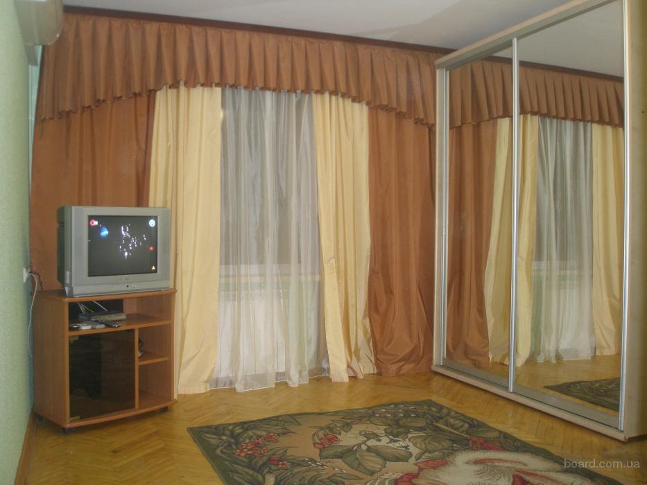 Посуточно 1-комн. квартира, Центр, недалеко ЖД Вокзал, Амосова, МВД