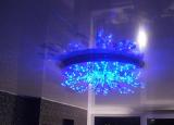 Советы, как повесить люстру на натяжной потолок на портале СделайПотолок