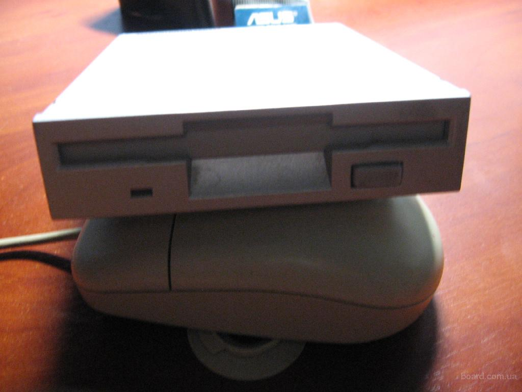 Дисковод 3.5'' Floppy FDD Samsung SFD-321B + шлейф  рабочий.