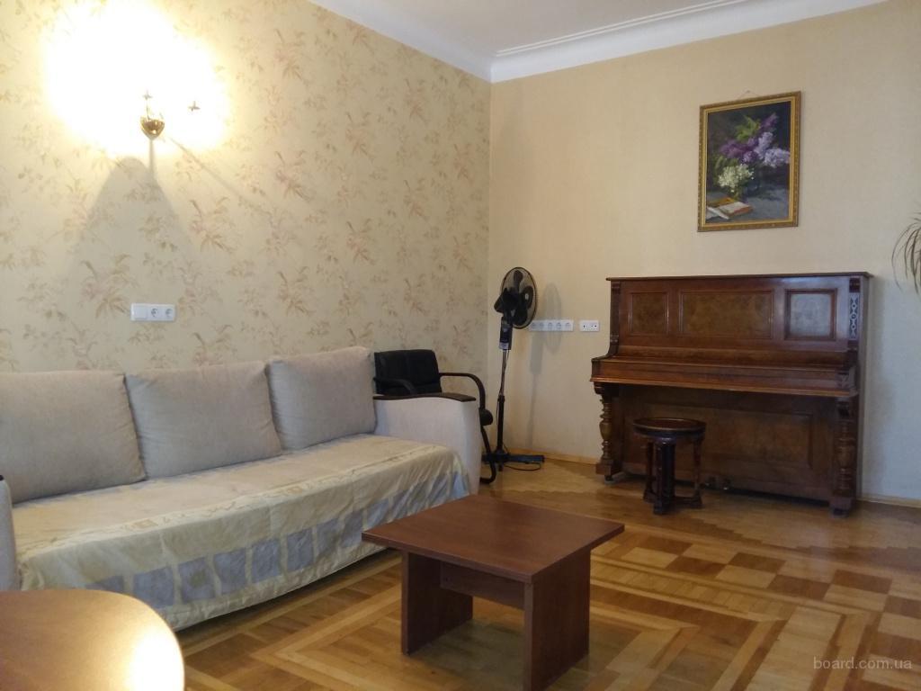 3-комнатная раздельная квартира 1 минута метро Дружбы Народов