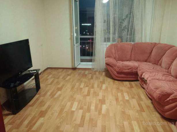 Сдам 3х комнатную квартиру на Вузовском с ремонтом!