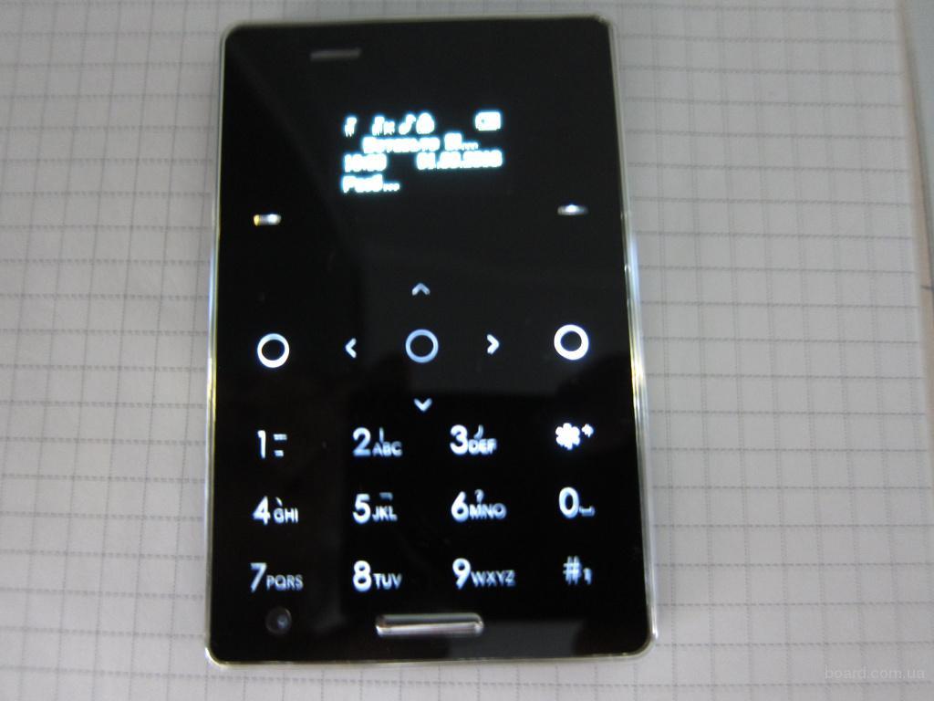 новый мини телефон на 2 Sim сим карты Aiek M4
