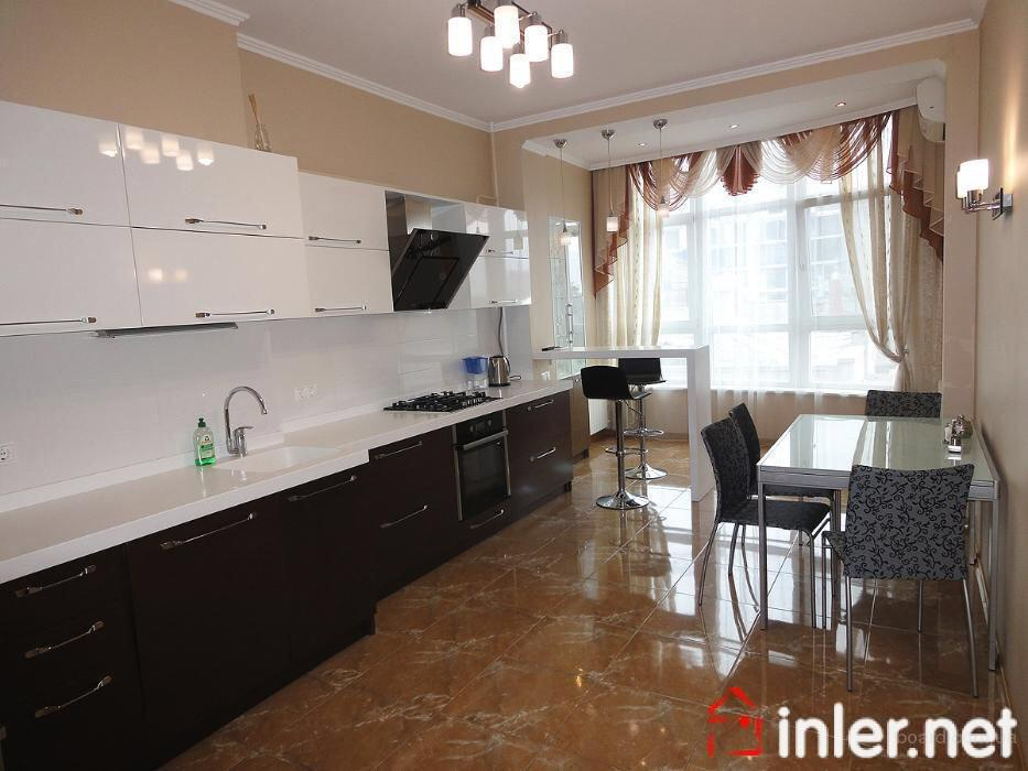 Аренда 3-х комнатной квартиры в Марселе на Французском бульваре