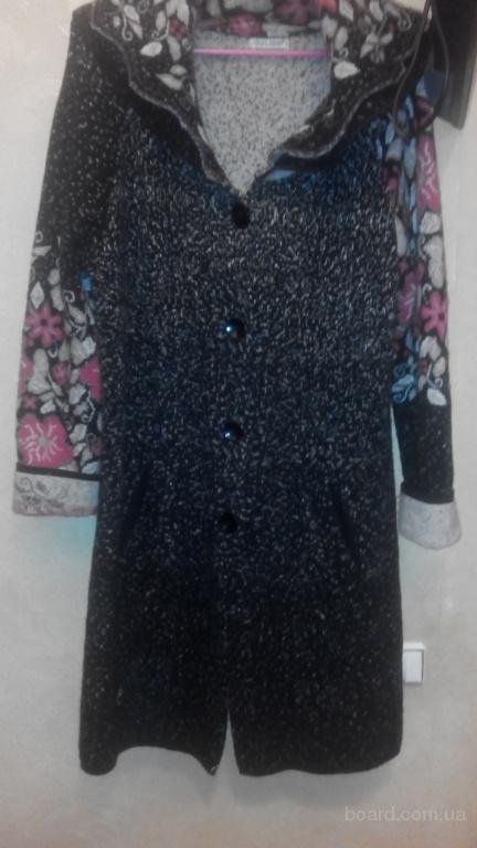 Продам  б/у теплое  кофта пальто