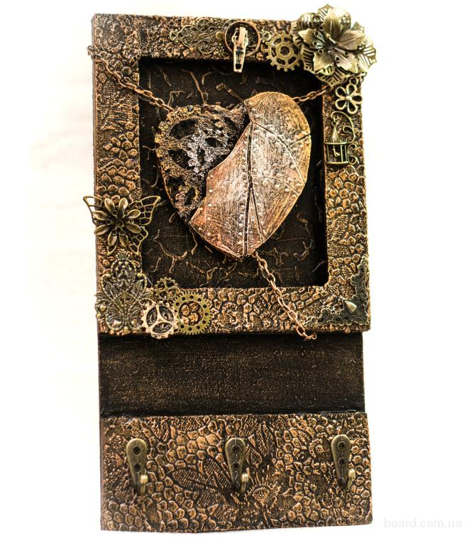 Оригинальная настенная ключница ручной работы  декор для прихожей  необычный подарок на день рождения новоселье