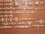 Гибкие деревянные резные орнаменты ( розетки, короны, капители)