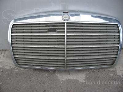 Запчасти б/у Мерседес 123 кузов,зеркала,задние фонари левый и правый,бампера,молдинги