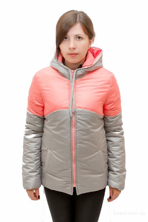 Куртка женская с кокеткой