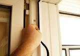 Ремонт і регулировка окон и дверей