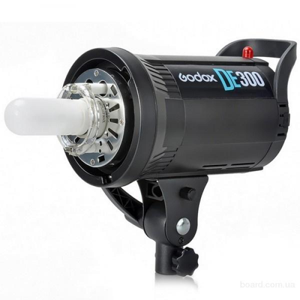 Вспышка Godox DE-300