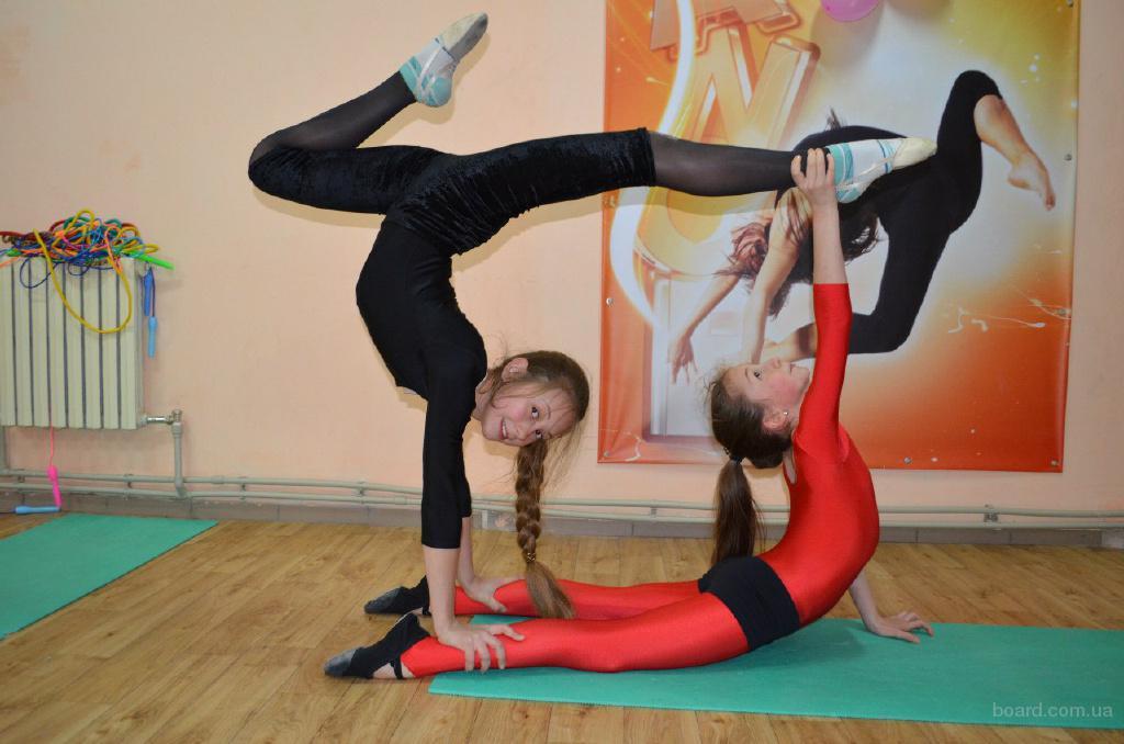 """Эстетическая гимнастика в Запорожье при поддержке ВТ """" Кожен Спроможен"""""""