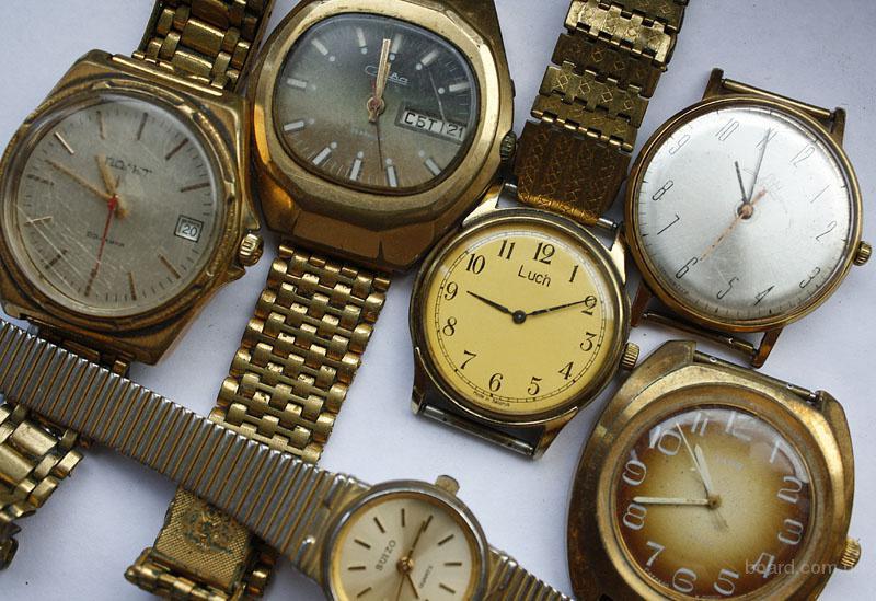 Сломались часы в первые дни покупки это было