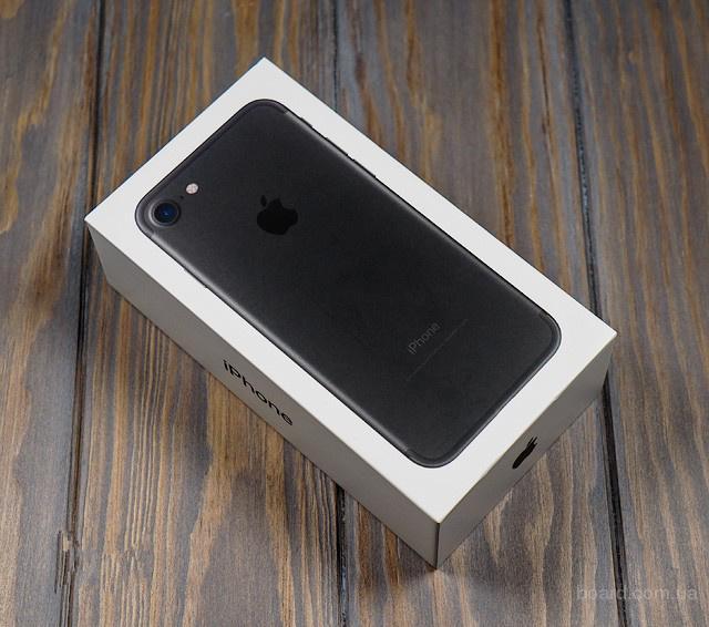 Смартфон Iphone 7 новый с гарантией 1 год