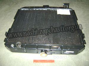 Радиатор двигателя.Г-33104 ВАЛДАЙ 2х-рядный