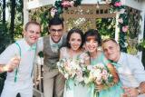 Свадебная арка, оформление выездной церемонии, украшение банкетного зала цветами. Тематические фотосессии. Флористика