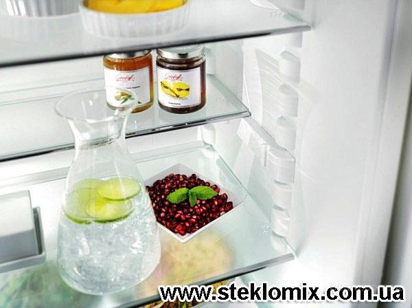 Стеклянные полки в холодильник
