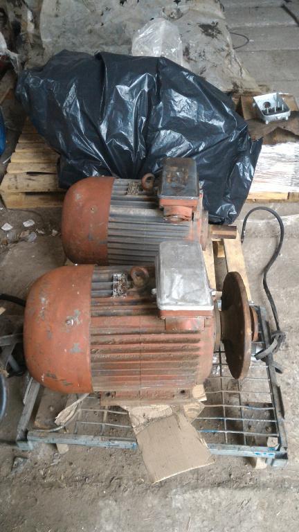 электродвигатель 4ам 180м6 18.5 квт 1000 об 2 шт не мотанные б.у совдеп