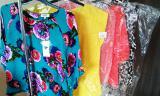 Оптовая и розничная торговля категории stock одежды для женщин, мужчин , детей.