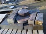 Поковка стальная 40х350х400 ст. У8А.