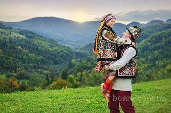 тур Закарпатье на майские из Киева автобус, Долина нарциссов, Берегово, Косино, Лумшоры