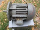 Электродвигатель ДРС-150Л 0,15/1500об/мин 220В 150Вт фланец , синхронно-реактивный